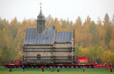 Esglesia de Heursdorf sobre el remolc